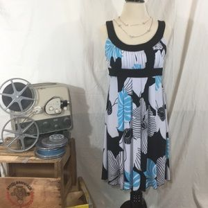 Cute Flowing Summer Dress